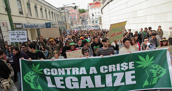 Portuguese-Political-Party-Proposes-Cannabis-Social-Club-Model