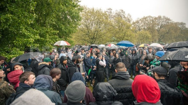 1398074181-thousands-of-smokers-celebrate-pro-cannabis-rally-2014-in-london_4523373